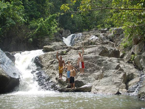 Thansadet Waterfall
